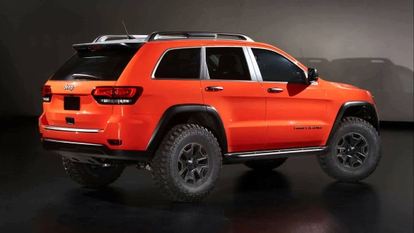 Внедорожники Jeep Grand Cherokee Trailhawk и Wrangler Moab