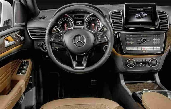 Mercedes Benz SUV GLE Coupe 2015 - новый кроссовер купе от Мерседес